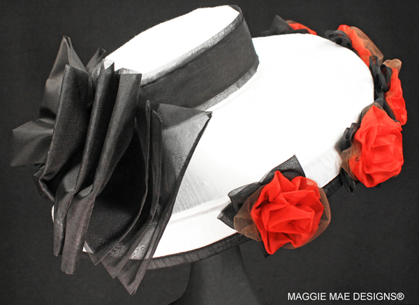 "The ""Amazombie"" auction hat - ""Hats Off to the Horses"""