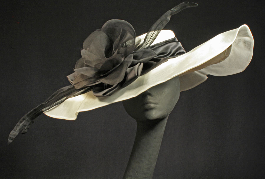Silk hats for weddings, Derby, Royal Ascot