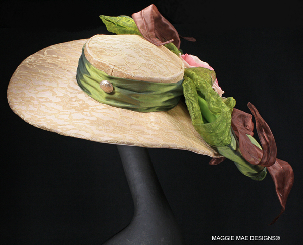 "The ""Archies Echo"" auction hat - ""Hats Off to the Horses"""