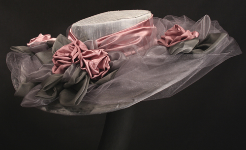 wide brim wedding hats
