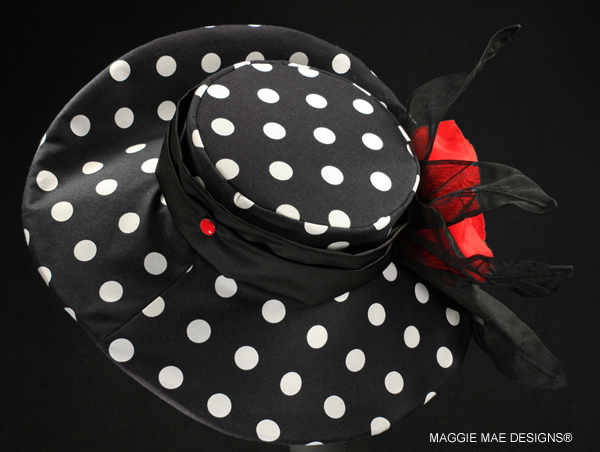 Doreen Der222-001 polka dot wide brim hat