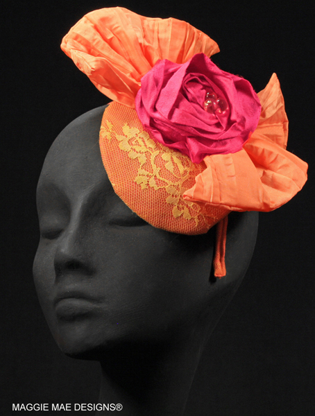 Georgie bow fascinator with yellow lace