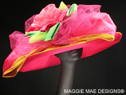 Katie Der111-002 Kentucky Derby hat