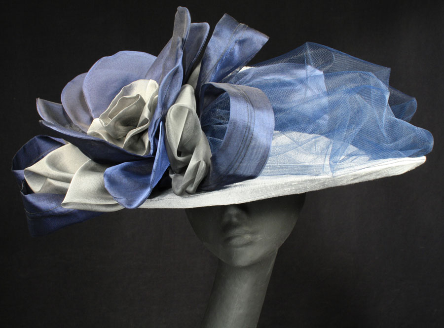 Ladies' carriage driving hats