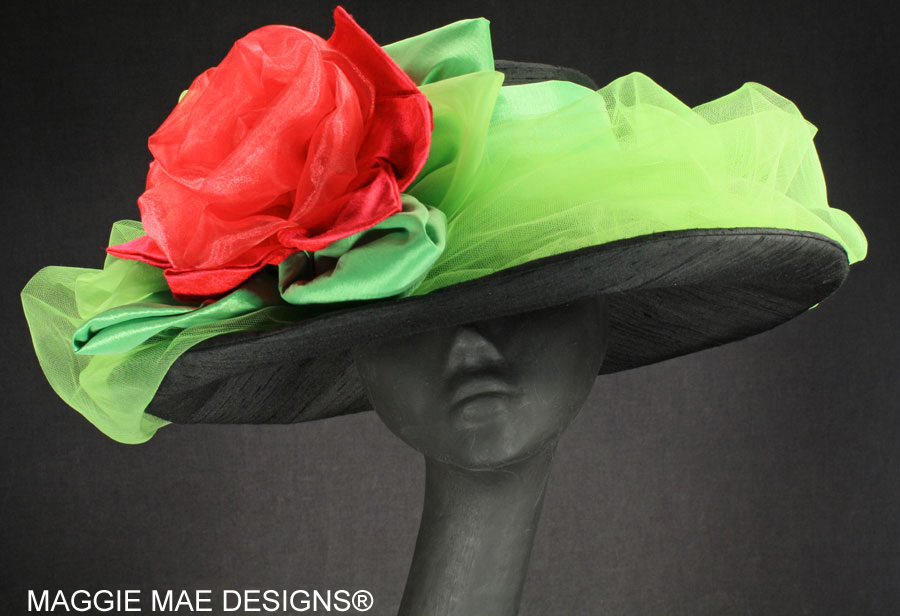 New Liza chapeau for the Derby