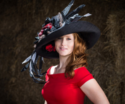 "Photo - ""Rosie Napravnik Joins Hats Off to the Horses of Old Friends"""